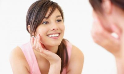 Woman_without-acne-scars